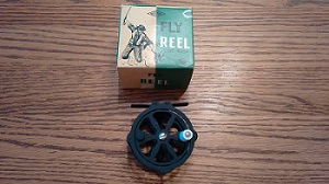 Viewing a thread vintage fly reel for Fly fishing chattanooga