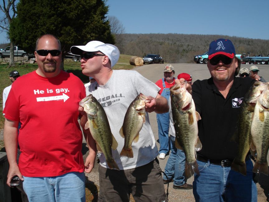 Took third on the Nick with Wiskers,had 16.87 lbs and Beetlespin was doing what he does best, giving us a hard time.