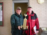 Me and CCSM took 1st place at the McKee United Way Tournament. Only had 10.95 lbs but good enough.09/26/09 Bad weather.